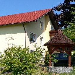pension-oberpfalz-zimmer-waldmünchen-ferienhaus-ansicht